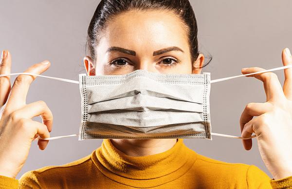 Evitando reações alérgicas com a máscara durante pandemia
